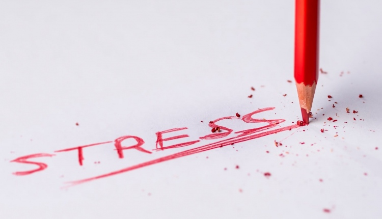 Stress vs. Depression – Know The Difference