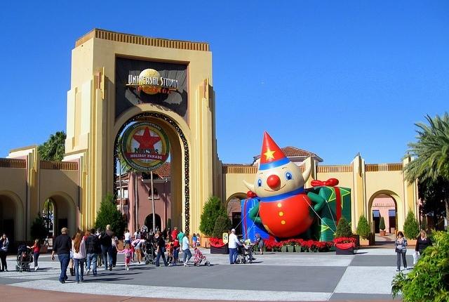 5 Amazing Theme Parks of Orlando: Features and Prices