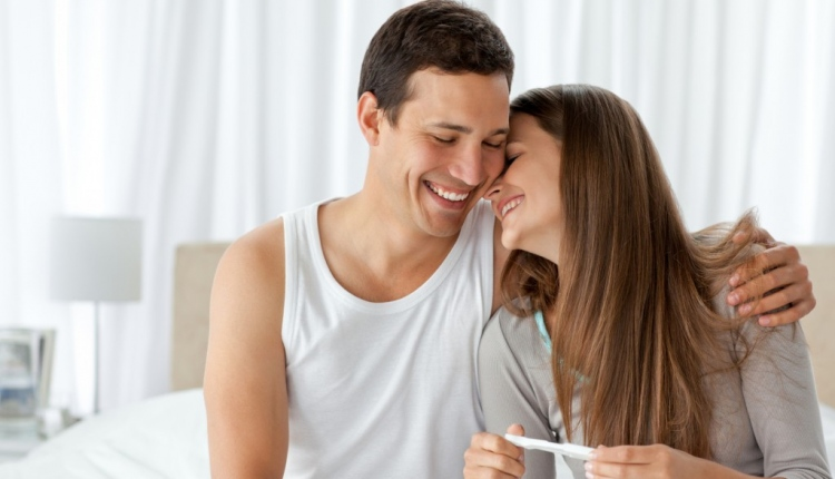 5 Supplements Couples Should Consider Taking For A Healthy Conception (and Pregnancy)