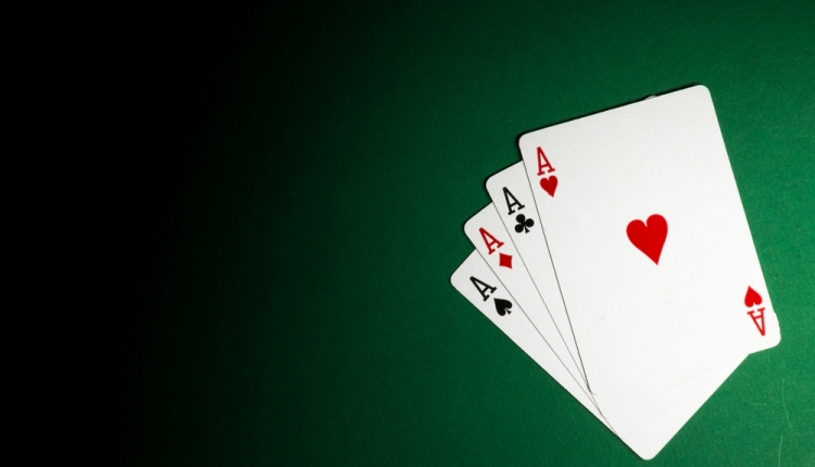 4 Ways to Confuse and Trick Your Rummy Opponent