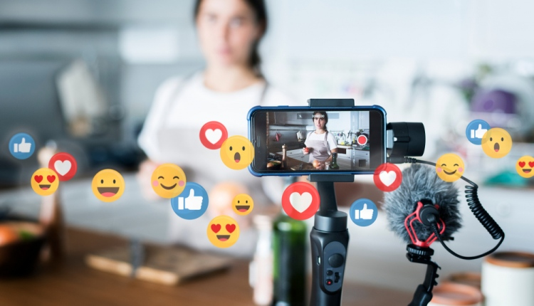 Things You Didn't Know About Working on Social Media