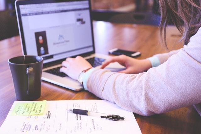 businesswoman-company-concept-7357